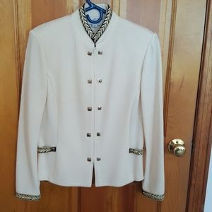Sz 8 St. John Collection Blazer in Cream/Black